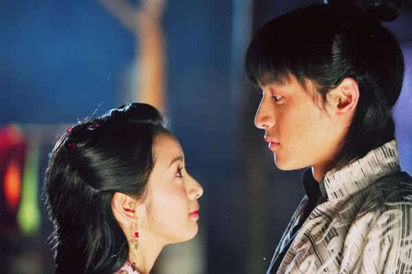 林依晨胡歌为什么分手真相揭秘 林依晨闪嫁原因老公林于超曝光
