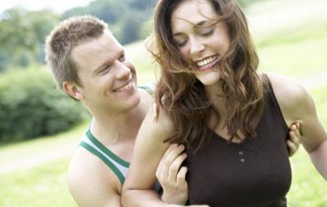 男人喜欢女人有哪些表现如何判断?男人喜欢什么样的女人几种类型