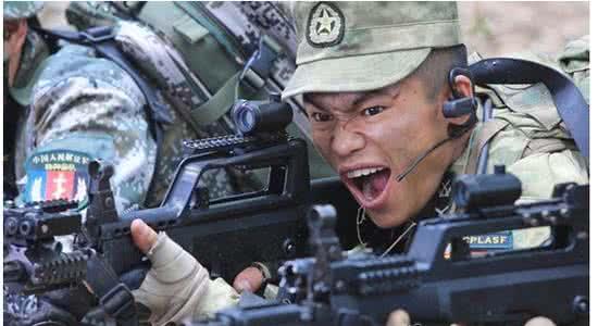 吴京全家被指非中国国籍?吴京后台身份为什么能调动部队训练视频