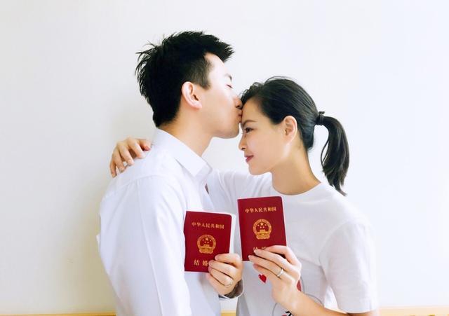 网曝张效诚是gay并不爱吴敏霞?张效诚家庭背景强悍父母是干什么的