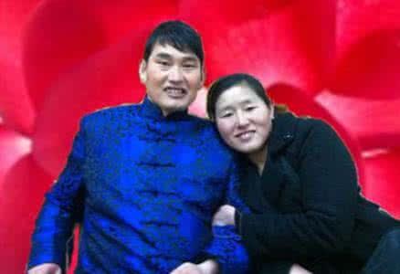 大衣哥朱之文成名抛弃槽糠之妻离婚后的老婆是谁, 朱之文前妻照片