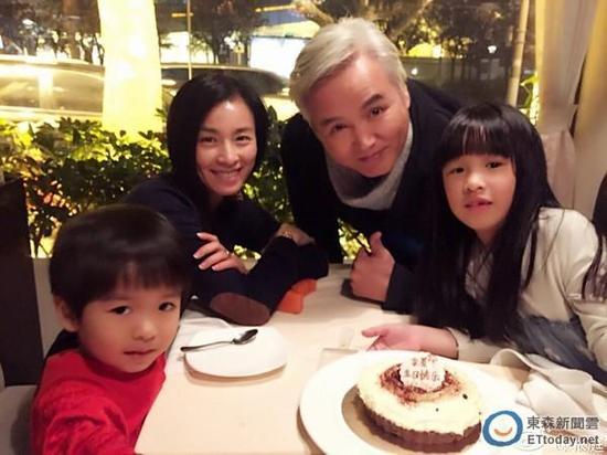 张庭女儿为什么那么丑照片曝光 张庭丈夫林瑞阳为什么白头发原因