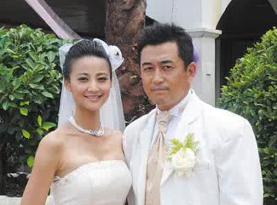 张歆艺结过几次婚前夫是谁情史遭扒 袁弘为什么娶张歆艺原因揭秘