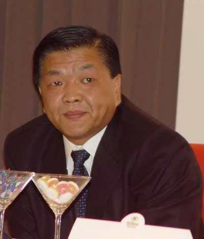 上海中远前老总王国林猝死抢救视频,王国林资料背景老婆孩子近照