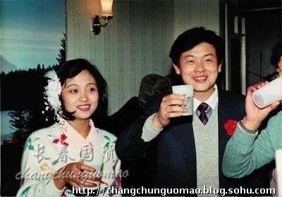 傅彪的三笔账单怎么冯小刚帮着还债?老婆张秋芳改嫁了吗儿子近况