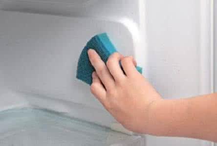 怎样清洗冰箱更干净几个小妙招,清洗冰箱用什么最好多久才能使用