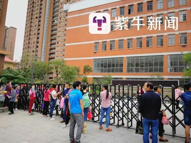 安徽38名学生轮流被老师掌掴始末,涉事老师家里出啥事了道歉视频