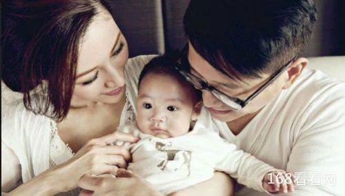 李嘉欣承认借腹生子怀孕照片好假 李嘉欣现在又老又丑怎么回事