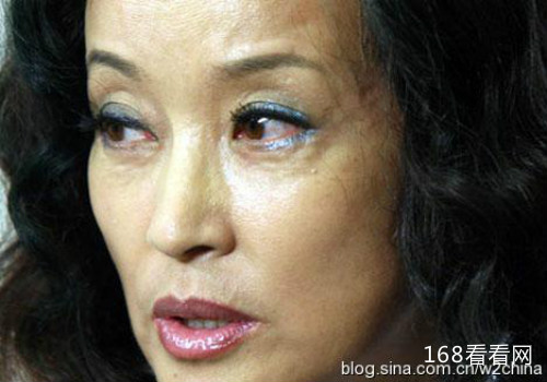 刘晓庆60岁的素颜照吓死人 刘晓庆有孩子吗老公是谁资料照片曝光