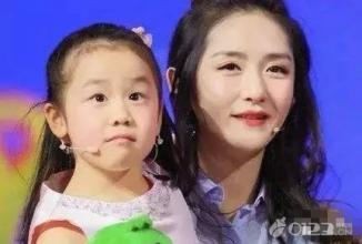 中国钢琴神童陈安可弹琴视频几级了?陈安可年龄家庭背景介绍