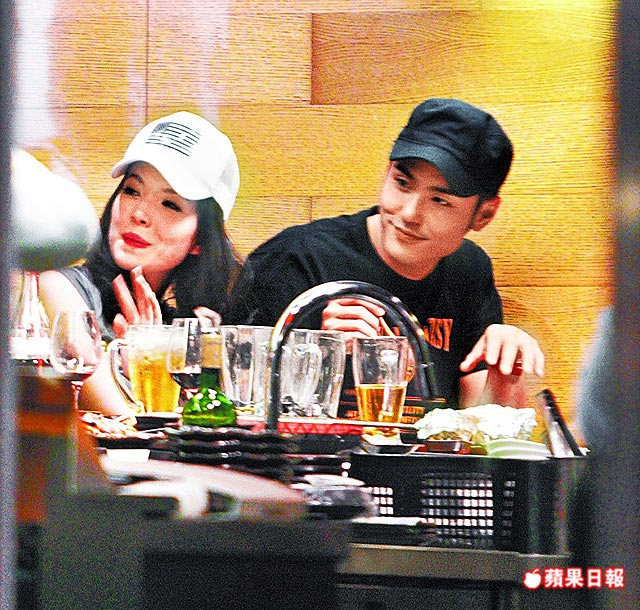 许玮甯新恋情男友和蒋友柏啥关系?许玮甯和王柏杰亲密照分手了吗
